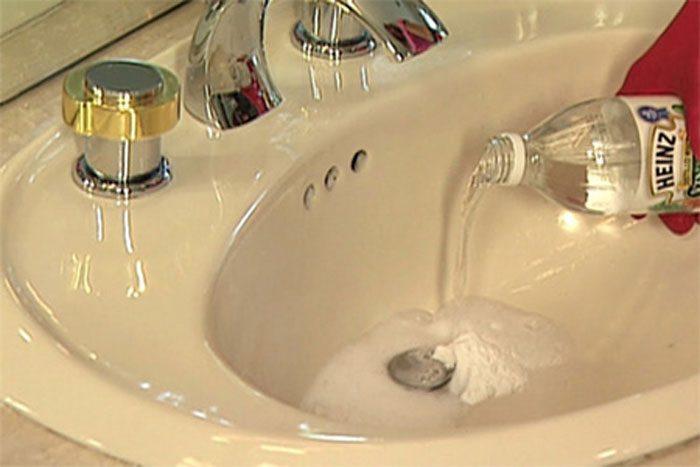 thông tắc bồn rửa bát bằng hóa chất